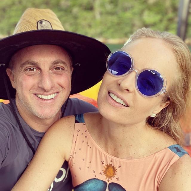 Luciano Huck和Angelica在Angra dos Reis度假。 照片:回放/ Instagram / lucianohuck