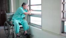 低收入戶到 88 歲幸獲樂透頭彩,但過世時他卻付不出自己的喪葬費