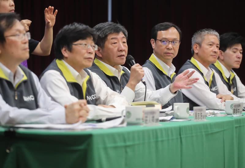 確診數續增,台灣要不要擴大採檢?