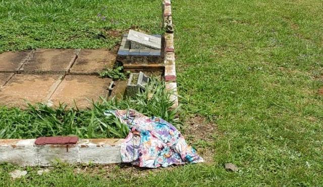 Saia com a qual mulher foi enterrada foi encontrada longe do túmulo (Reprodução/Polícia Civil)