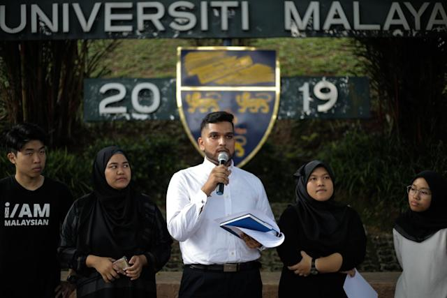 Student activist Asheeq Ali Sethi Alivi speaks to reporters at Universiti Malaya, Kuala Lumpur April 16, 2019. — Picture by Ahmad Zamzahuri