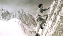 K2首登的「黑幕」,揹上50年污名的傳奇登山家: Walter Bonatti
