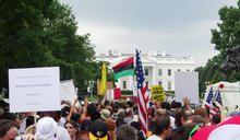 【Yahoo論壇/翁履中】邊境築牆,激化政黨對立才是川普的目的