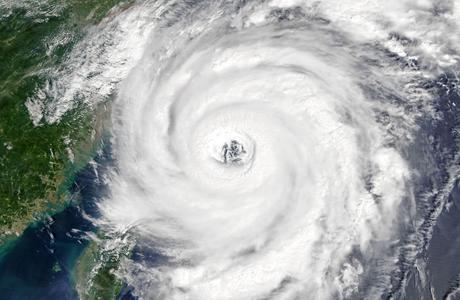 最新颱風/風暴消息