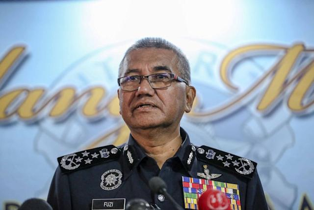 Inspector-General of Police Tan Sri Mohamad Fuzi Harun denied social media reports of the imminent return to Malaysia of former Sabah chief minister, Tan Sri Musa Aman. — File picture by Firdaus Latif