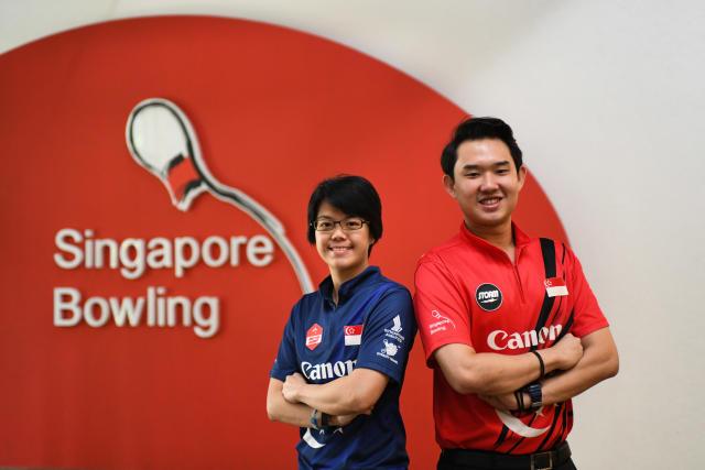 新加坡国家圆顶硬礼帽Cherie Tan和Muhammad Jaris Goh(照片:Stefanus Ian /新加坡雅虎新闻)