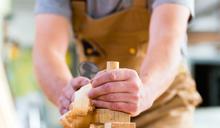 產品研發人員入行10年月薪只有4萬,只因履歷寫「木工技術員」