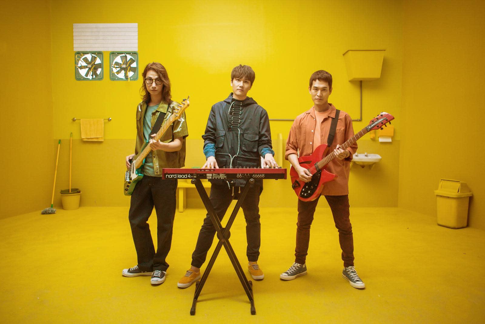 宇宙人11月開演唱會 阿奎下重本買新吉他