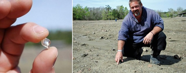 David Anderson finds a 6-carat white diamond at the Crater of Diamonds State Park in Arkansas. (ArkansasMatters.com)