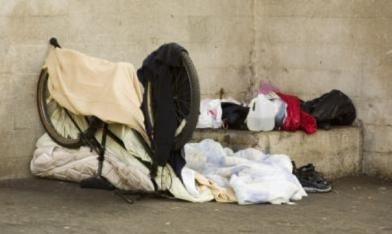 孤兒找不到工作 25歲淪街友
