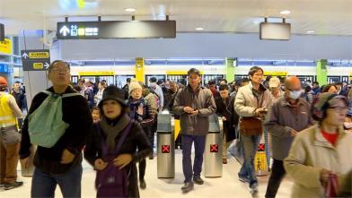 新北環狀線試乘 民眾搶搭:真的方便