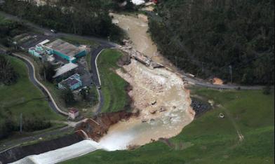 危險!水壩有裂縫 7萬人驚逃