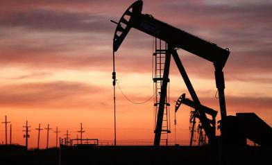國際油價飆近15% 破10年紀錄