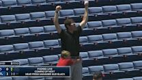 Foul ball at Padres-Braves game inspires sweet father-son moment